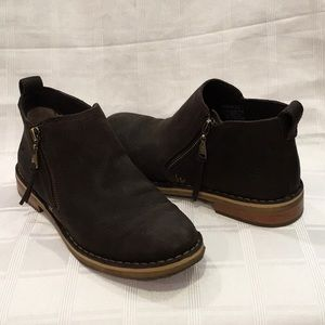 UGG Pebbled Leather Ankle Boots